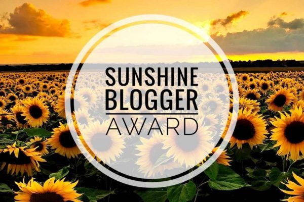 Sunshine Blogger Award 2020 logo