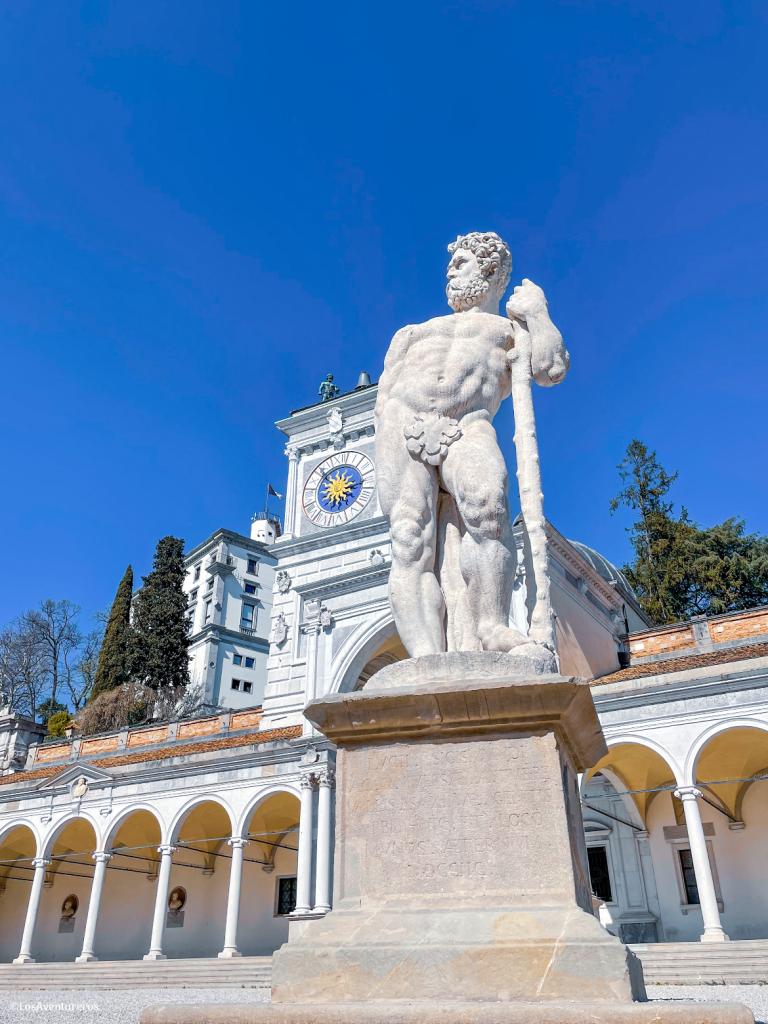 Udine - Statua di Ercole in Piazza Libertà